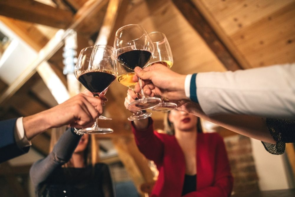 Thomas Jefferson: Friends With Wine Cheers